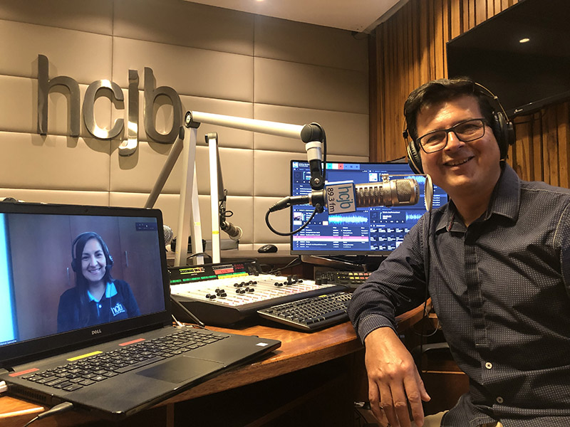 Radio HCJB is an independent Ecuadorian ministry broadcasting the Gospel throughout Ecuador, to the Spanish-speaking world online, and using social media platforms.